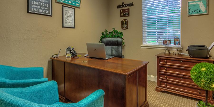 Premier Office Photos-005n